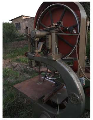Used band saw (mashine ya mbao)
