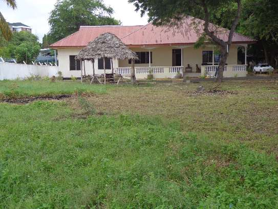 4bed beach house at mikocheni B $2500pm image 1
