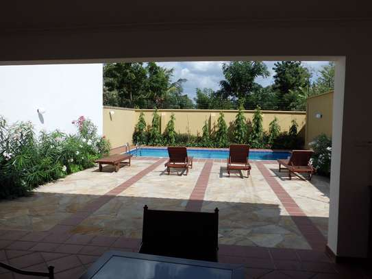 4 Bedrooms House in Compound in Oysterbay For Rent image 9