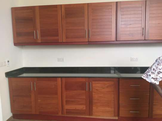 3BEDROOMS FULLY FURNISHED APARTMENTS 4RENT AT MASAKI image 12