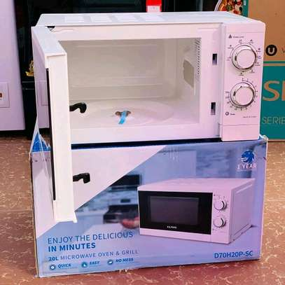 Allyons microwave Oven 20L... 290,000/= image 1