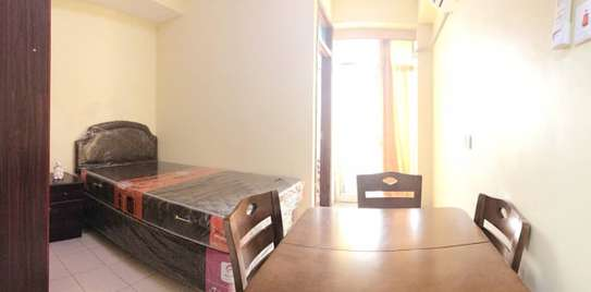 Studio apartment full furnished (near fire bus station) image 4