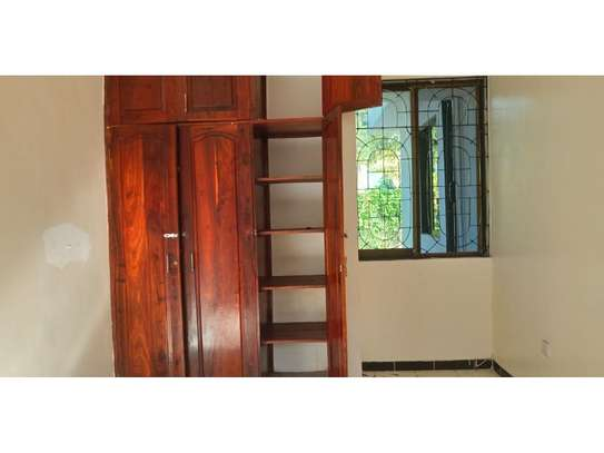 4bed house at oyster bay$1500 image 10