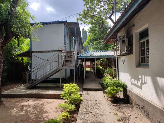 office at ada estate 3bed house and 7 offices $1800pm image 15