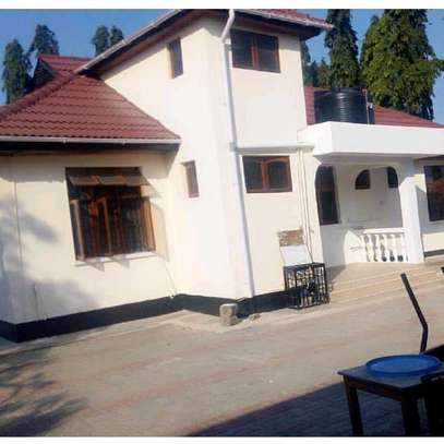 HOUSE FOR RENT AT MBEZI BEACH DOWN SIDE