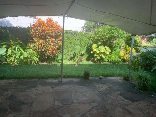 Furnished 4 bedrooms Villa for rent at Oysterbay image 3