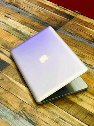 MacBook Pro 2012 core i5 in clean condition image 5