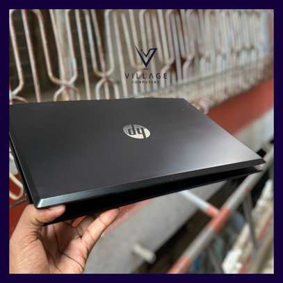 Hp pavilion Gaming Laptop 15-cx0xxx core i7 image 4