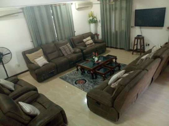 4bed room house  fully furnished at mbezi beah tank bovu $2500pm image 15