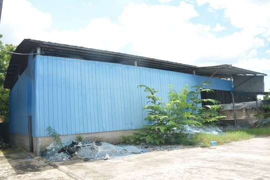 godown sqm 2000 and 4 bed room house iin the compound for rent at mbezi beach salasala image 7