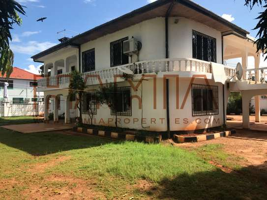 4 Bdrm House for sale in Masaki image 4