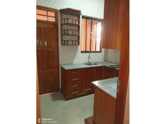 house for rent at kinondoni 800000 image 3