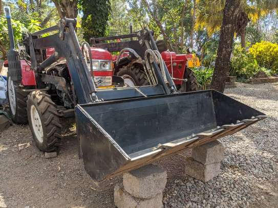 Tractors 4WD 30HP - New Tractor Loader and Hoe image 1