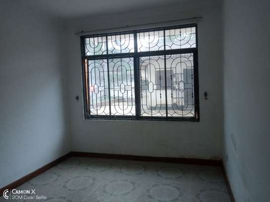 5bed house at mikocheni a $1000pm  big compound image 8