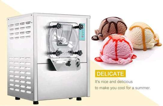 Hard Ice Cream  Commercial Making Maker Machine....2,950,000/=