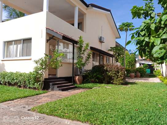 4bdrm house to let in masaki