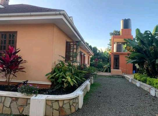 AVAILABLE FOR RENT  A 5 BEDROOM VILLA  IN ARUSHA image 6