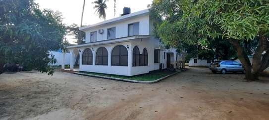 a 7bedrooms 5 self contained BUNGALOW in MIKOCHENI easily accessble is now for SALE. image 3