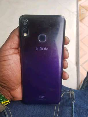 Infinix hot 8 image 5