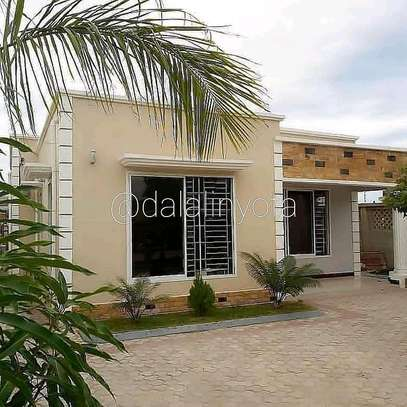 3 BDRM APPARTMENTS AT BOKO BEACH image 1