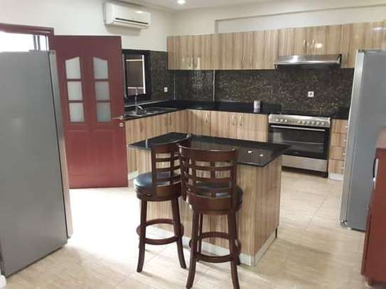 3 Bedrooom Luxury Full Furnished Apartment in Oysterbay Peninsula image 3