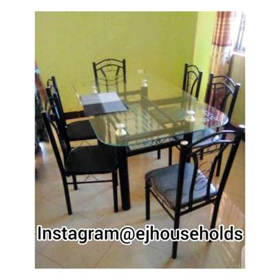 Dining Table & Chairs Set. image 1