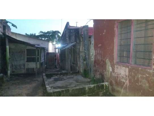2 houses for sale at msasani tsh 250m area 400sqm image 5