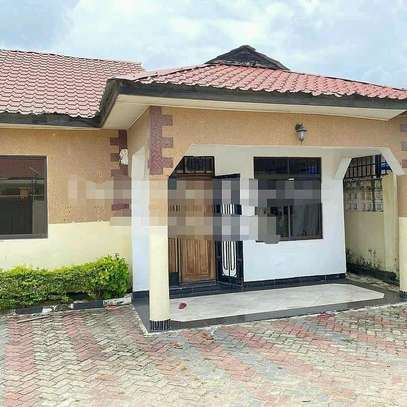 HOUSE FOR RENT MBEZI BEACH image 4