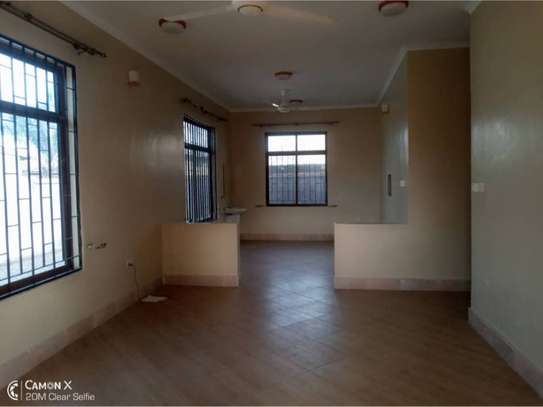3bed house at mikocheni 1000000 image 4