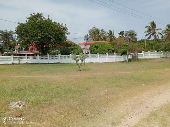3bed house for sale at toure drive 1125sqm plot size facing the sea $2,5milion image 15