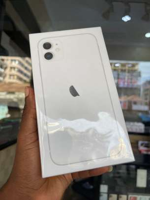 iPhone 11 64GB white brand new for sale image 2