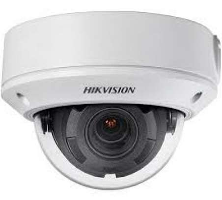 DS-2CD1721FWD-I  |   2MP Vari-Focal IR Dome Network Camera image 1