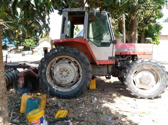 tractor image 4