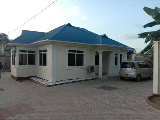 3 bed room big house for sale  at kigamboni image 1
