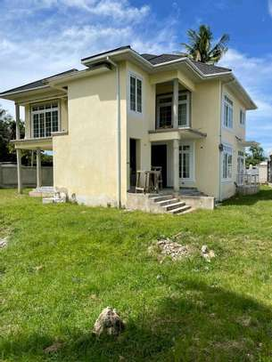 3 Bedrooms Apartment Mbezi Beach image 1
