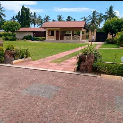 House for rent at bahari beach image 3
