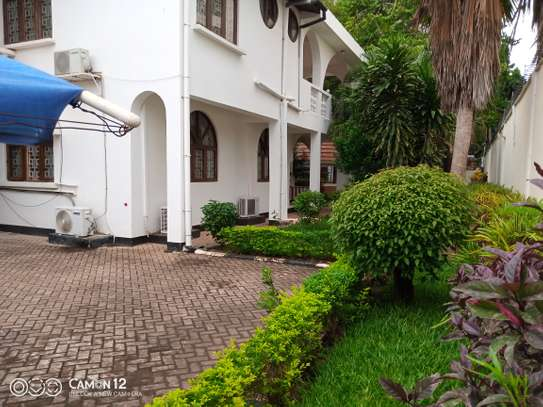 5bdrm house to let in masaki image 1