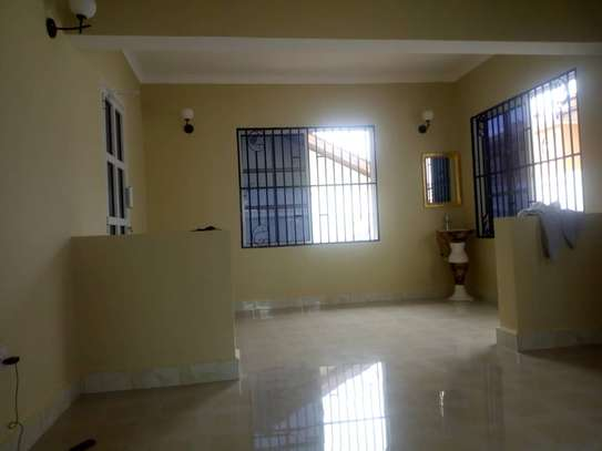3 BED ROOM HOUSE FOR RENT AT ADA ESTATE AND DEAL FOR OFFICE $1000PM image 5