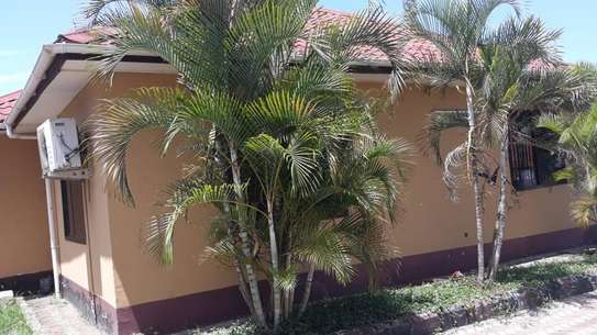 House for sale Salasala IPTL-with clean title deed image 3