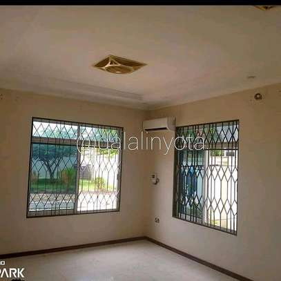 3 BDRM HOUSE AT TEGETA image 7