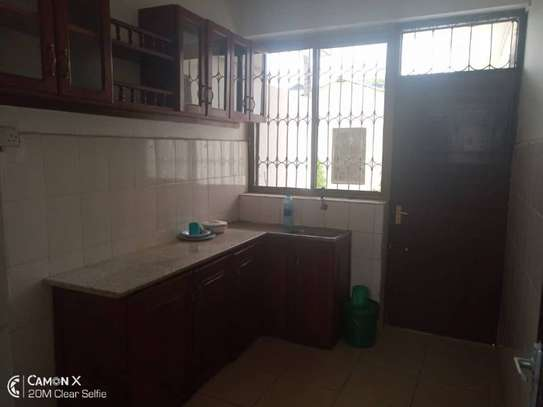 3  bedrooms house at American embassy $700pm image 6