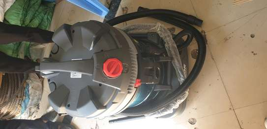 LAVOR HEAVY DUTY VACUUM CLEANER image 5