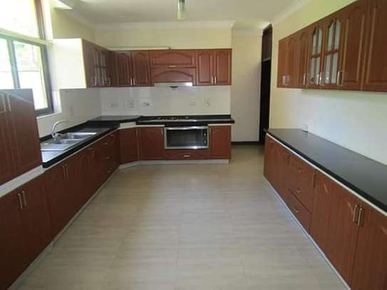 4 Bedrooms Executive and Beautiful Villa House for Rent off Oysterbay Ada Estate image 4