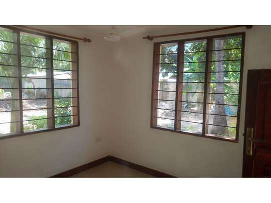 2 bed room all ensuet for rent at masaki image 12