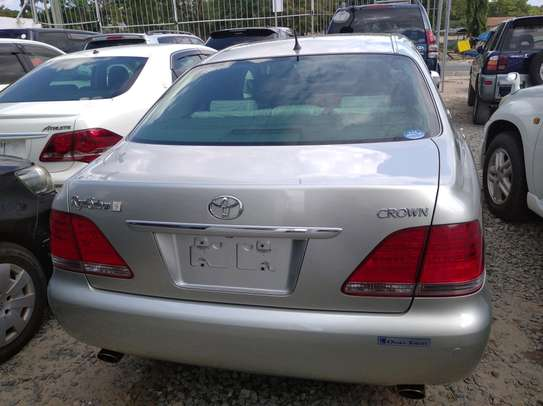 2006 Toyota Crown