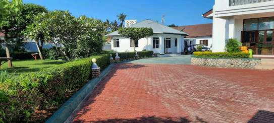a 2bedrooms VILLA in mbezi beach UNFURNISHED is available for rent now image 4