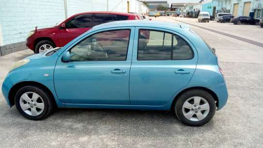 2002 Nissan March