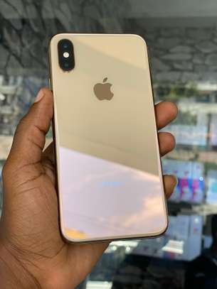 iPhone XS Max 64GB Gold for sale image 1