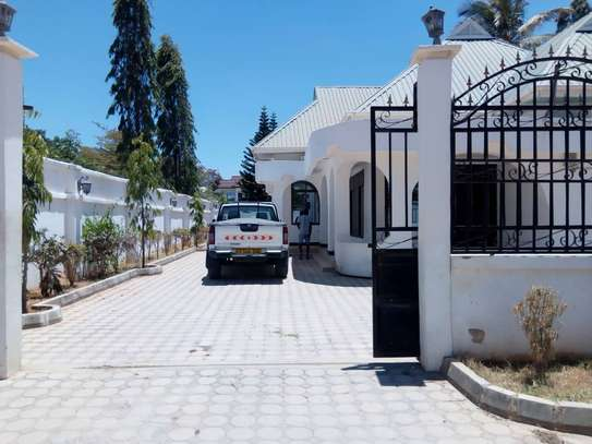 HOUSE FOR RENT AREA D' DODOMA image 2