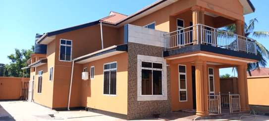 4bed house all ensuet for sale at kigamboni kibada image 15